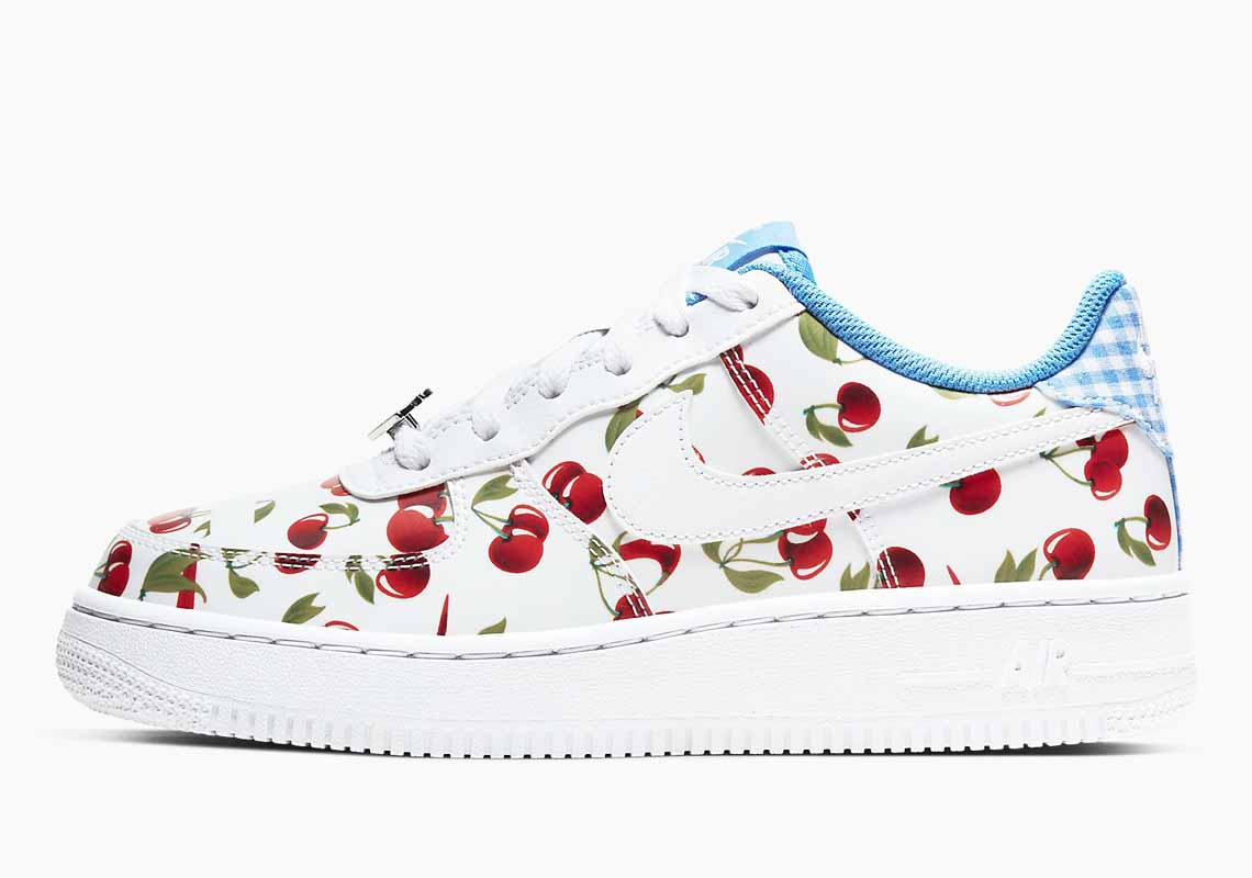 Nike Air Force 1 LV8 Mujer